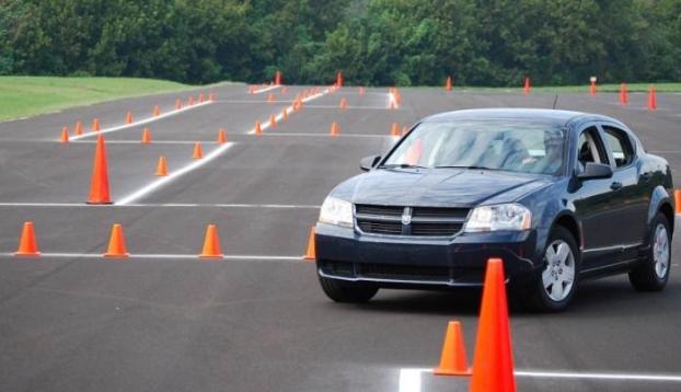 бесплатные площадки для обучения вождению на своем автомобиле