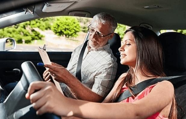 Уроки вождения для начинающих: что нужно знать?